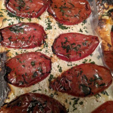Tarte aux pétales de tomates et ricotta
